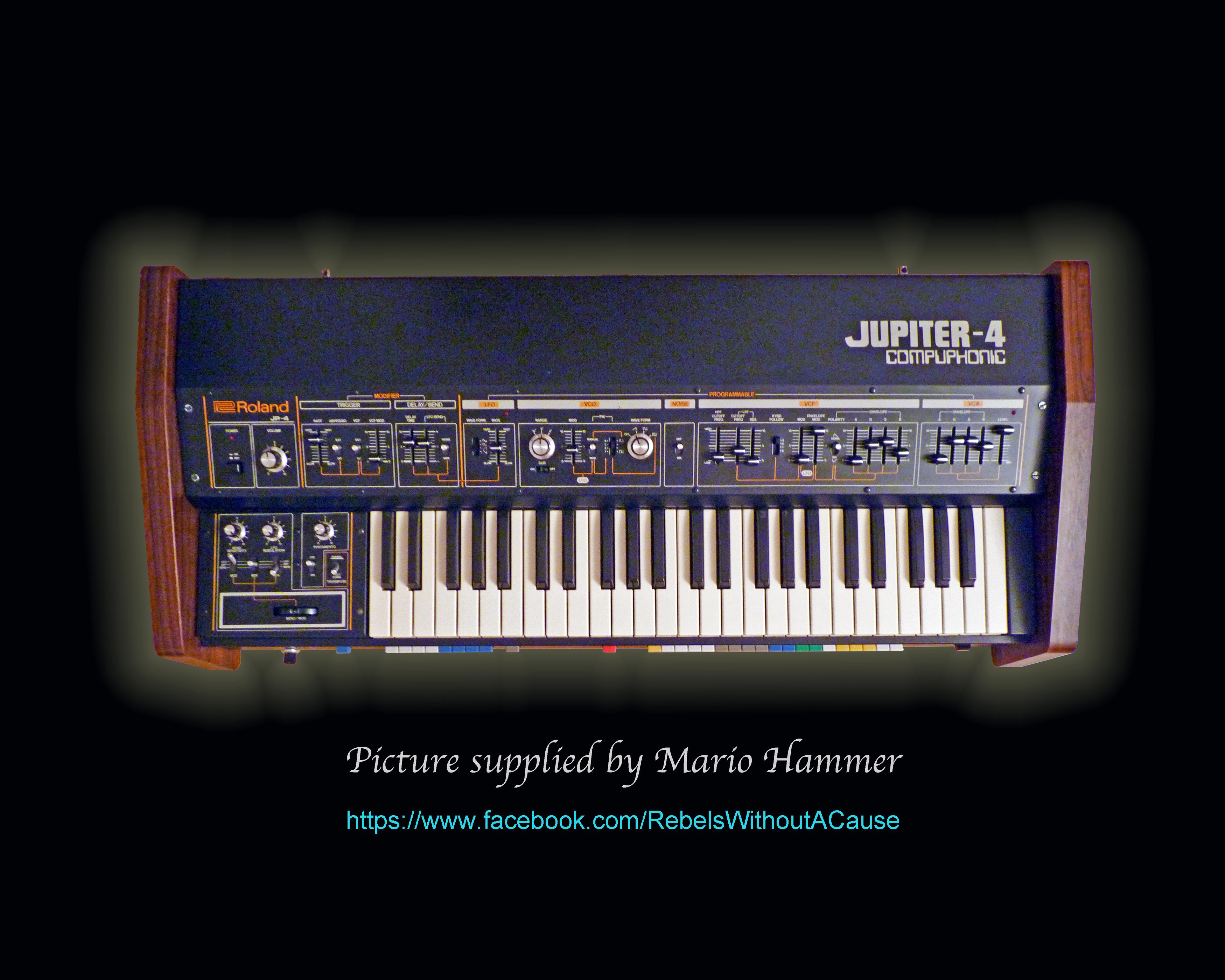 Roland Jupiter 4 | RL Music