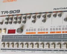 Roland TR909