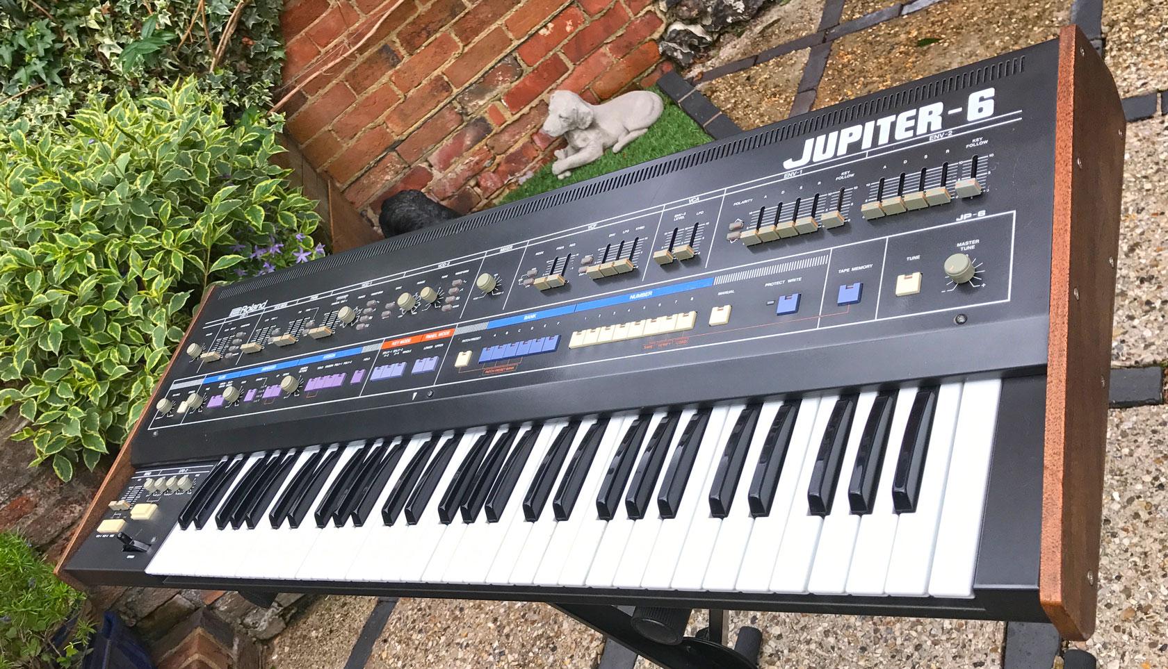 Roland Jupiter 6   RL Music