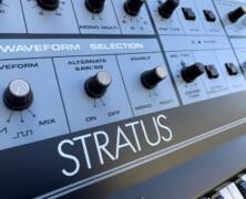 Crumar Stratus